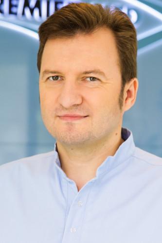 Dr. Tőzsér Gellért